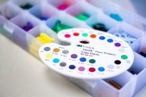 array of elastics colors